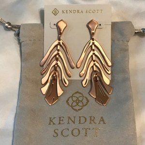 Kendra Scott Luca Statement Earrings in Rose Gold